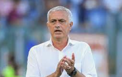 Mourinho up for three more home games to break Allegri record